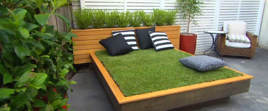Jason-Hodges-Grass-Daybed7-1580x6581